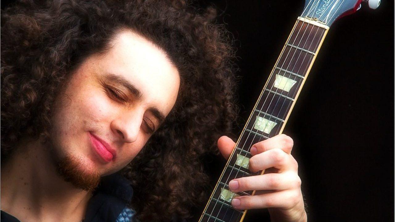 Ilan Bar-Lavi video performs at Congahead Studio.