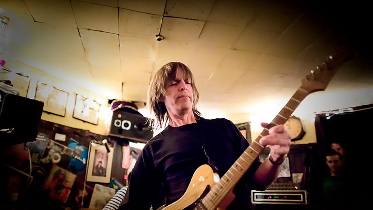 Mike Stern at the 55 Bar, NYC.  April 30, 2012